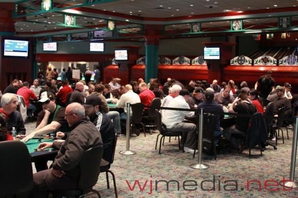 Foxwood casino poker room best xbox 2 player racing game