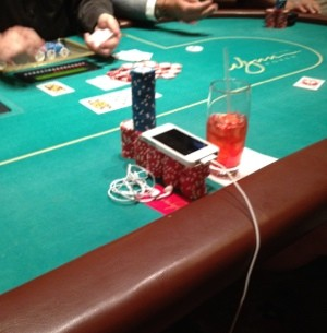 wynn poker table outlet