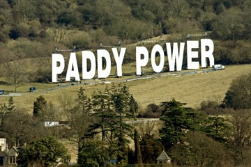 Paddy-power-sign