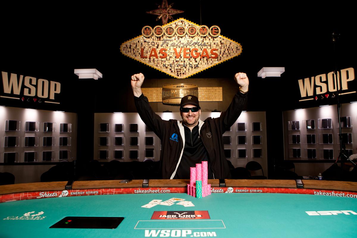 http://pokerati.com/wp-content/uploads/Phil-Hellmuth-WSOP.jpg
